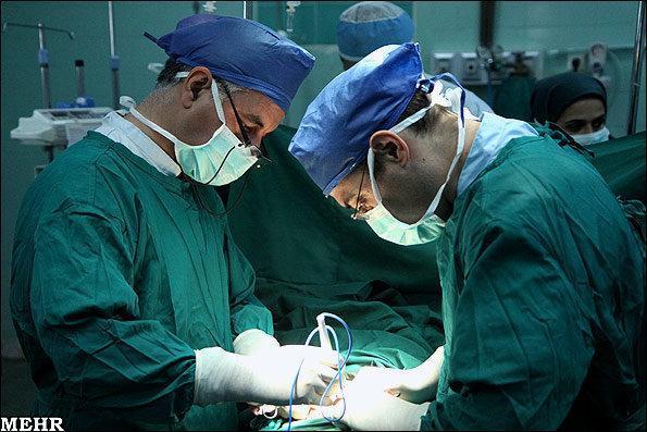 انجام اولین پیوند همزمان کبد و کلیه در بیمارستان فیروزگر