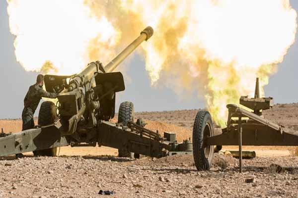 آتش سنگین ارتش سوریه بر روی مواضع تروریستها در ادلب