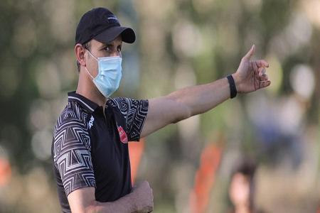گل محمدی: باشگاه مسائل بازگشت خارجی ها را برطرف کند، مخالف رفتن بیرانوند برای انجام تست هستم